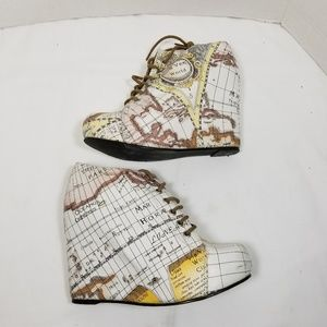 Jeffrey Campbell map heels shoes